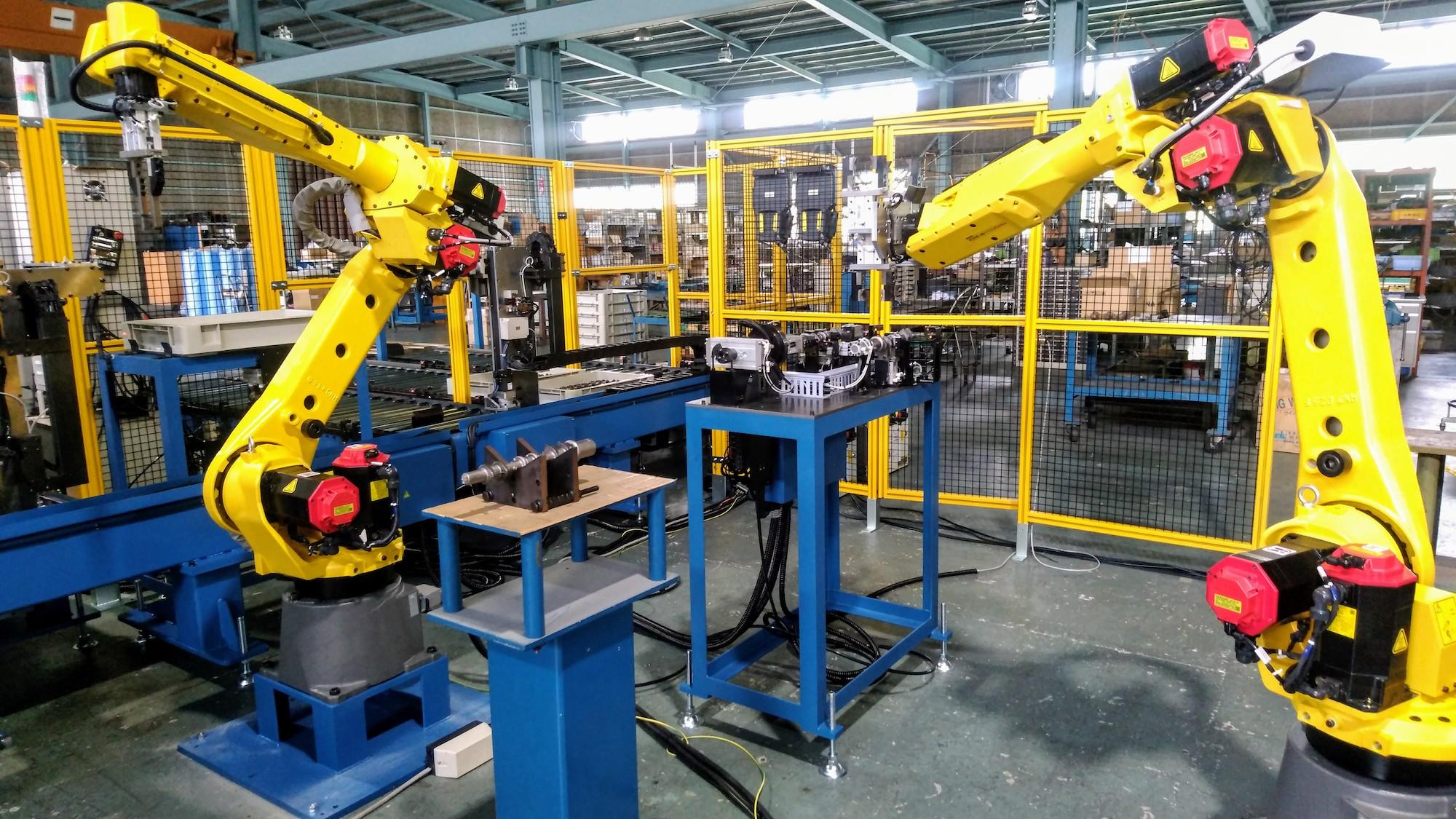汎用ロボットを使った工場の自動化