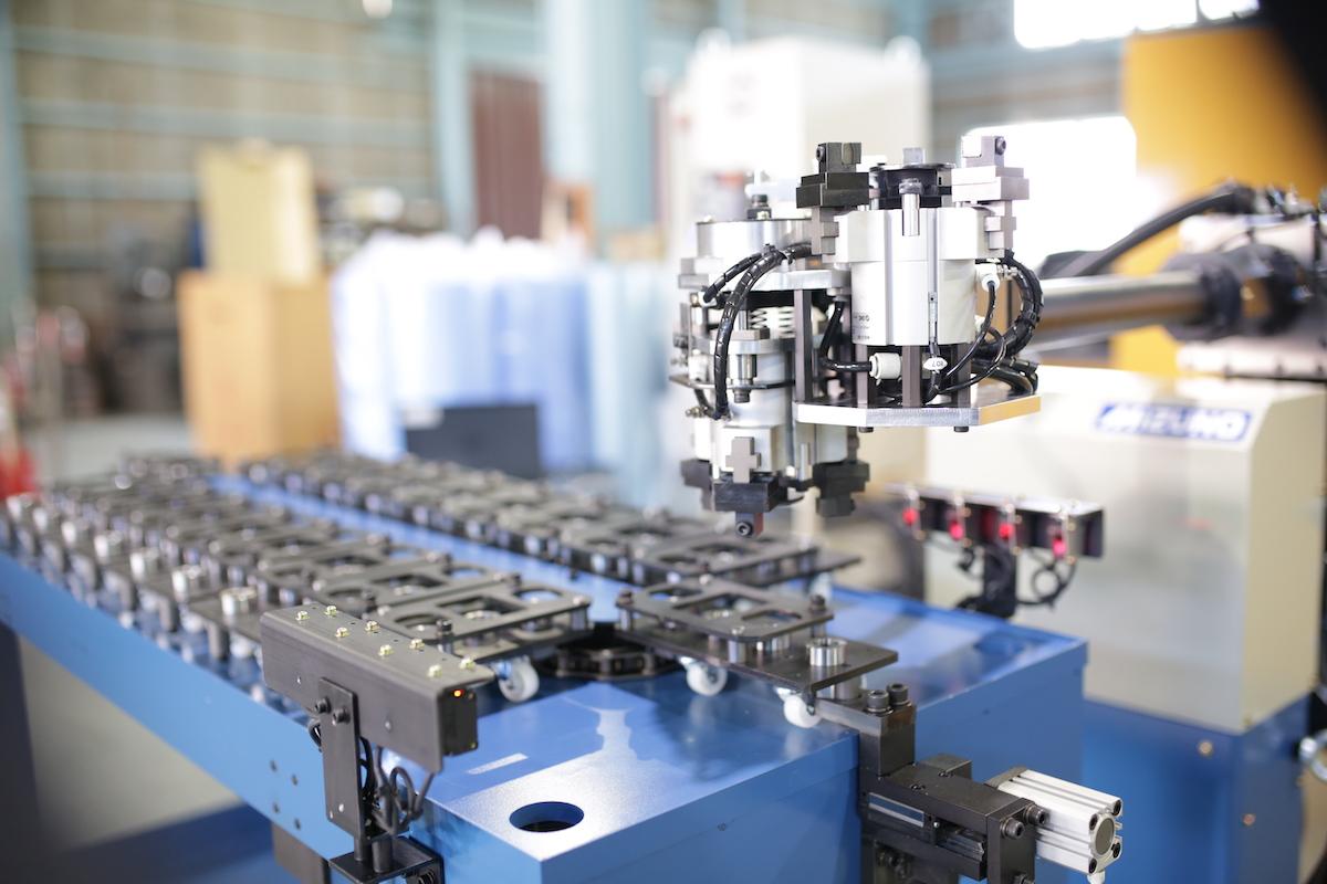 水野鉄工のオリジナルロボット